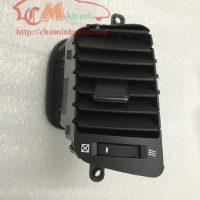 Cửa gió điều hòa giữa phải Chevrolet Captiva chính hãng: 96630017